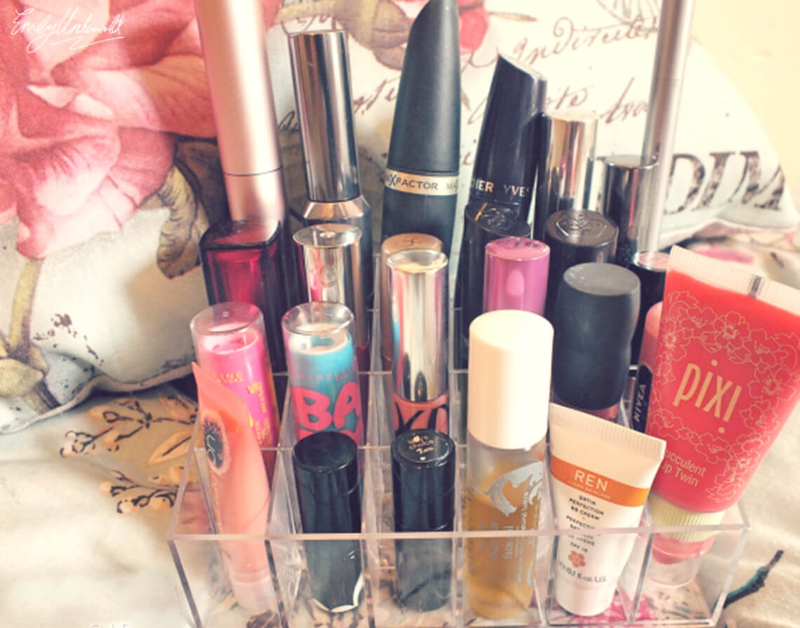 Clear Plastic Makeup Storage