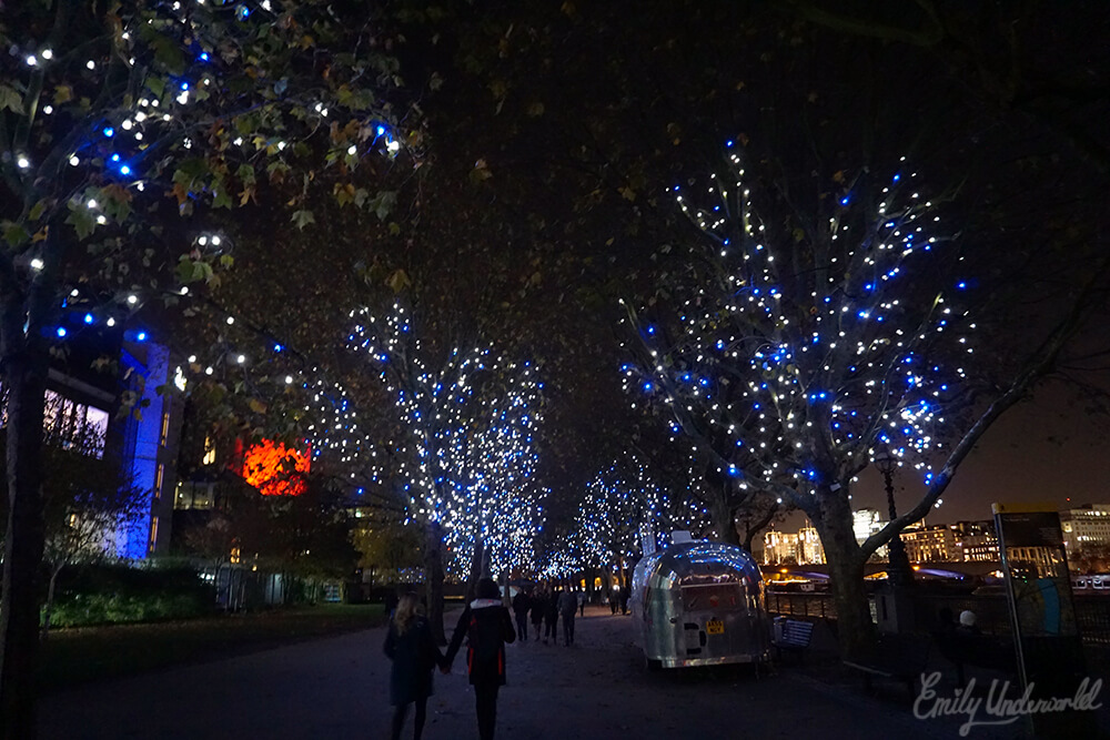 A Night time Stroll in London
