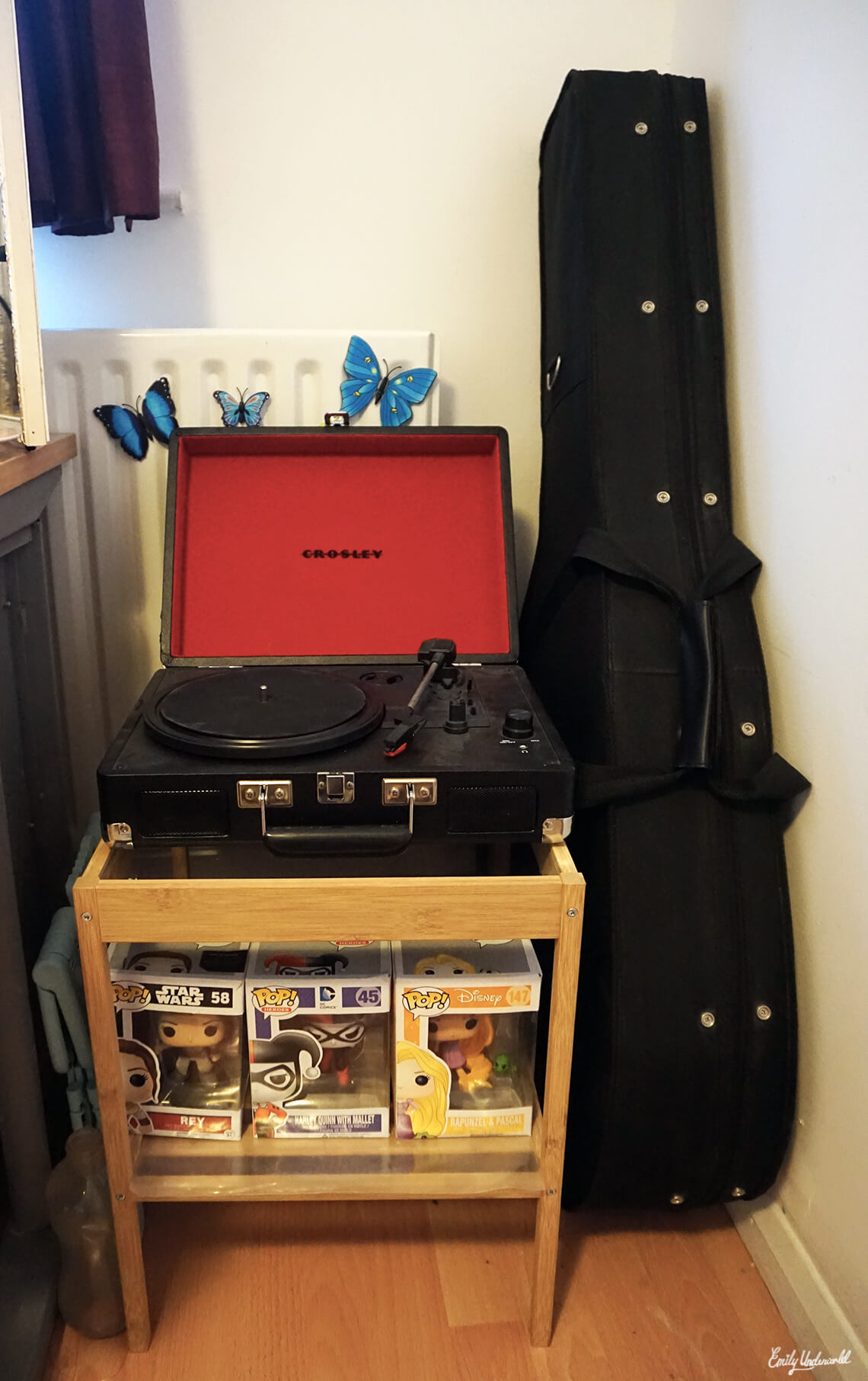 record-player-stand