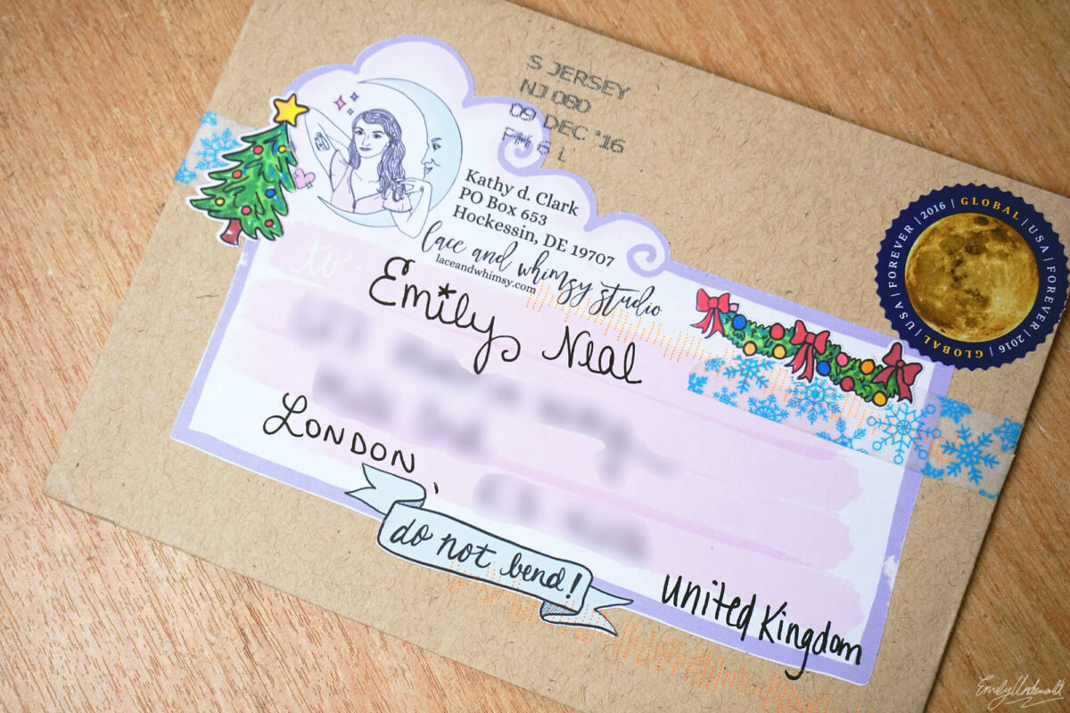 lace-whimsy-envelope